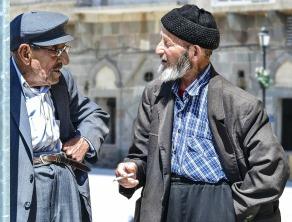 old-man-1739154_1920