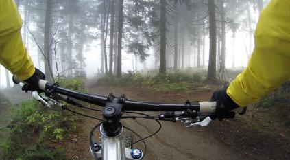 cycling-828646_640.jpg