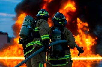 firefighter-2679283_640.jpg
