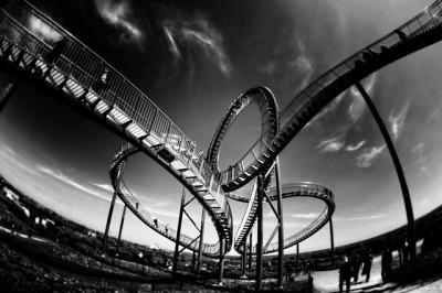 rollercoaster-801833_640.jpg