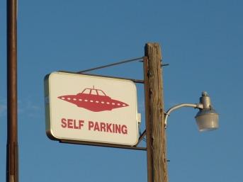 alien-226245_640